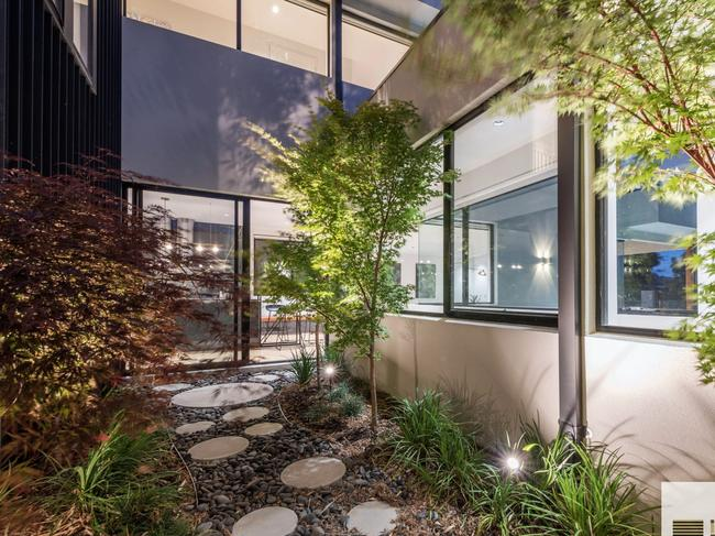 Frank Rasouli, 31 Annabelle View , Coombs