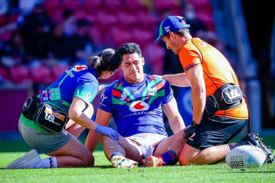 Rugby league: New Zealand Warriors stars set to miss rest of NRL season after injury carnage in clash against Penrith Panthers