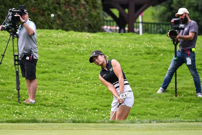 Golf: Imperious Lee6 in class of her own