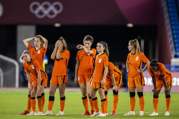 Broken heart when the Dutch women's soccer team loses to the United States