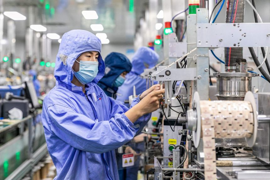 China factory activity growth slips to 15-month low in July