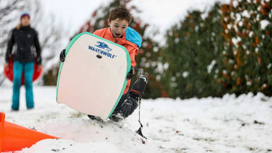 Fresh dumping: Low-level snow on the cards across the country