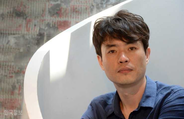 Director Ryoo overcomes temptation to show everything he knows in 'Mogadishu'