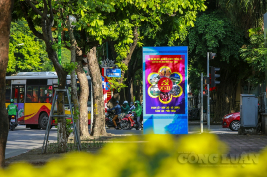 Hanoi receives makeover for Liberation Day celebrations