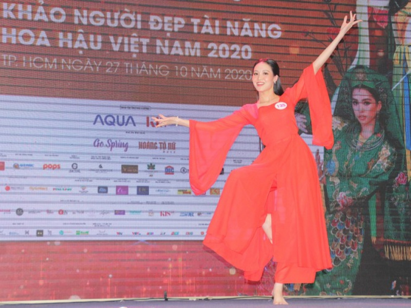 Miss Vietnam 2020 contestants show off talents