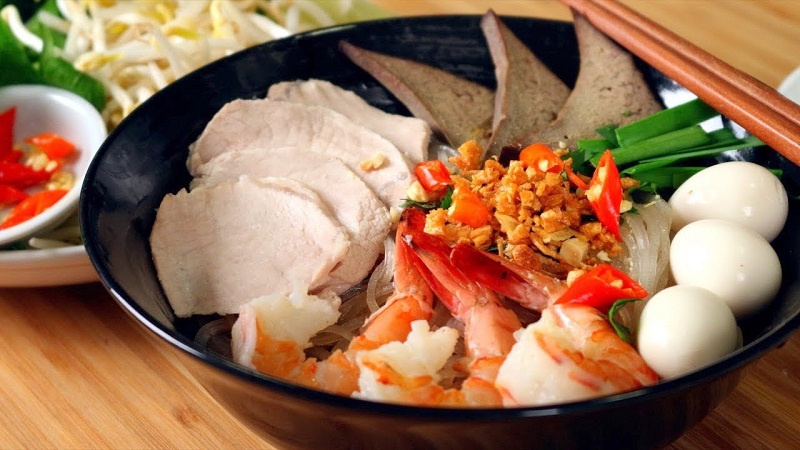 Hanoian specialty, Hanoi food, Vietnamese typical dishes, What to eat in Hanoi?