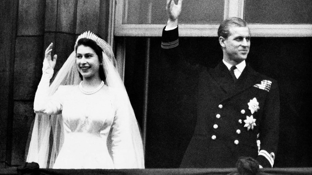 Prince Philip, Military gun salutes, The royal family, Prince Philip's funeral, pay tribute, Prince Philip, Military gun salutes, The royal family, Prince Philip's funeral, pay tribute