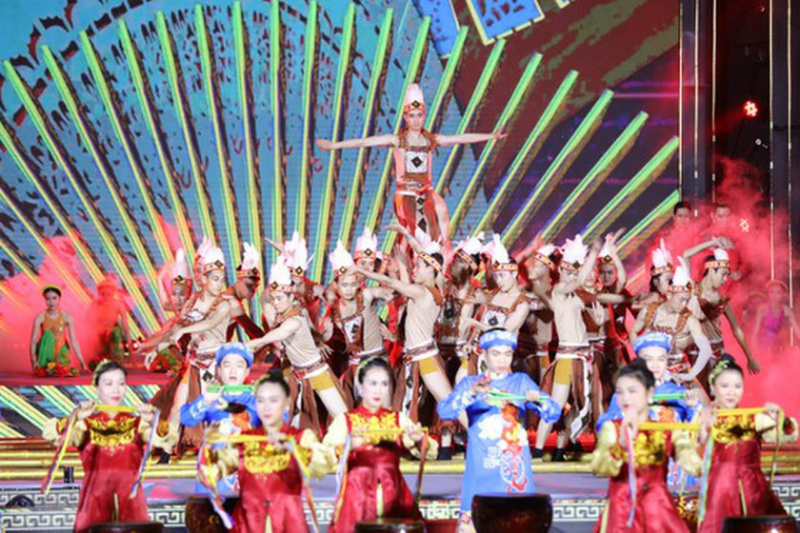 Vietnam Ethnic Groups' Cultural Day, National Village for Ethnic Culture and Tourism, tradition of national construction and protection, national pride, preservation and conservation of Vietnamese cultural characteristics