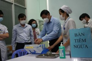 Vaccination, immigration into HCMC carefully inspected