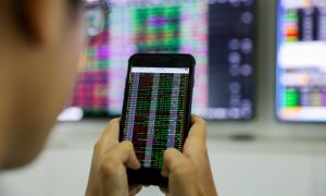 HCMC bourse temporarily suspends listing of new stocks
