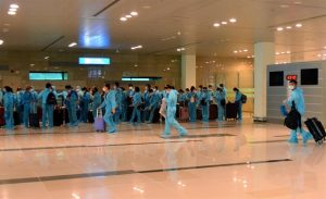 Low immunity rate, varying vaccine efficacy concerns behind Việt Nam's cautious approach to 'vaccine passports'