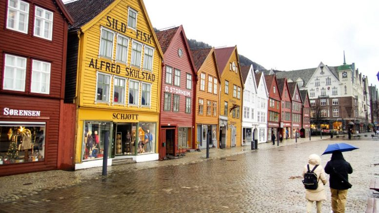 Corona outbreaks in 11 schools in Bergen – several hundred students quarantined