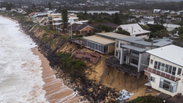 Iconic Aust beaches facing climate threat