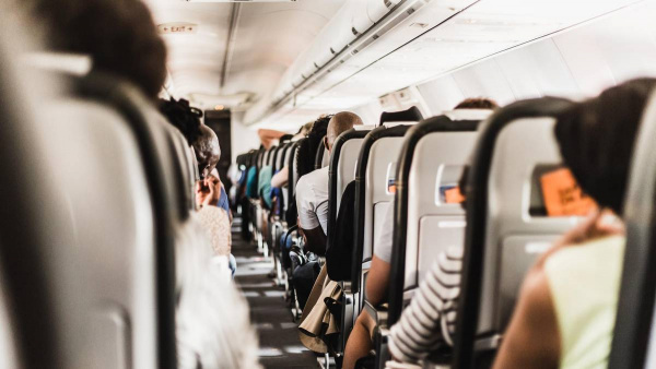 Covid-19 transmission risk 'less than 0.1%' on flights according to recent study