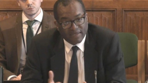 Kwarteng tells energy sector to 'look to itself' but tipping point looms