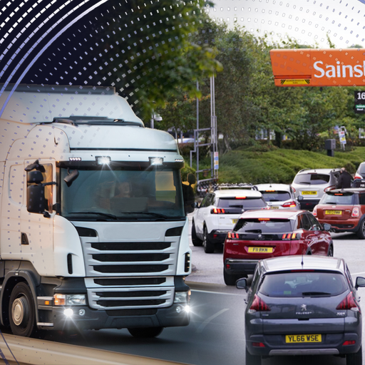 Supply crisis: 'Catastrophic' panic buying of fuel 'going to get worse', says industry expert