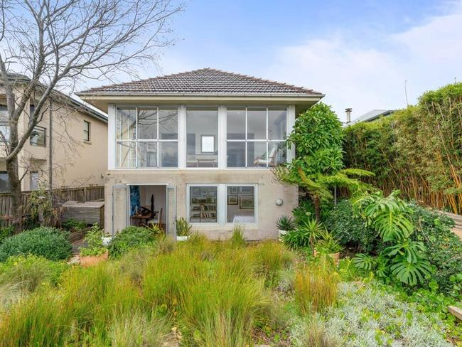 Inside Karl Stefanovic's waterfront mansion, The suburbs overseas buyers are targeting